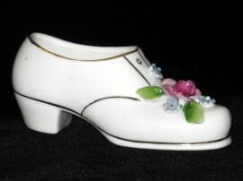 Фарфоровая туфелька