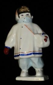 Статуэтка Ребенок в Зимней одежде